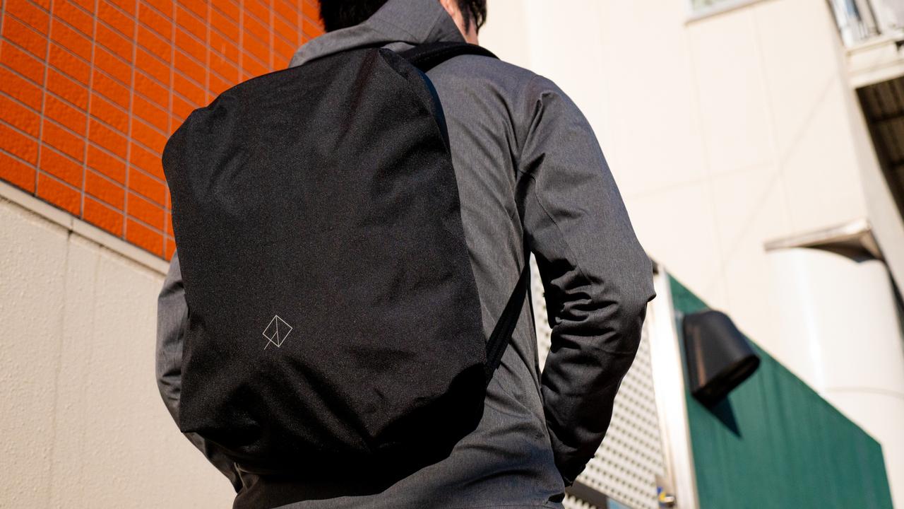 【100万円プレゼント】シンプル×多機能バッグ「WEXLEY URBAN BACKPACK」