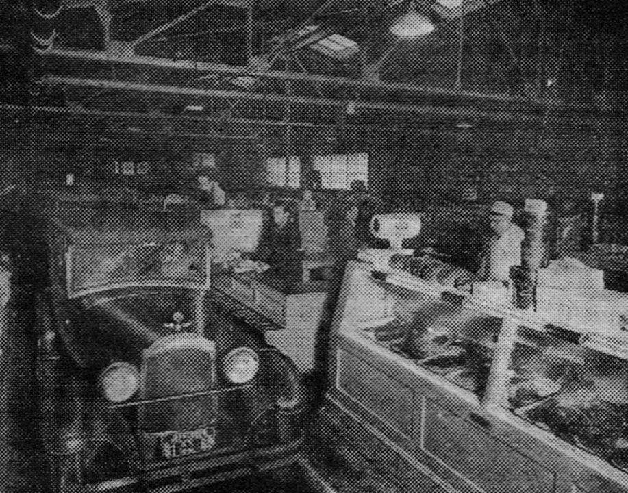 1920年代のアメリカで、ドライブスルー型のスーパーが試されていた