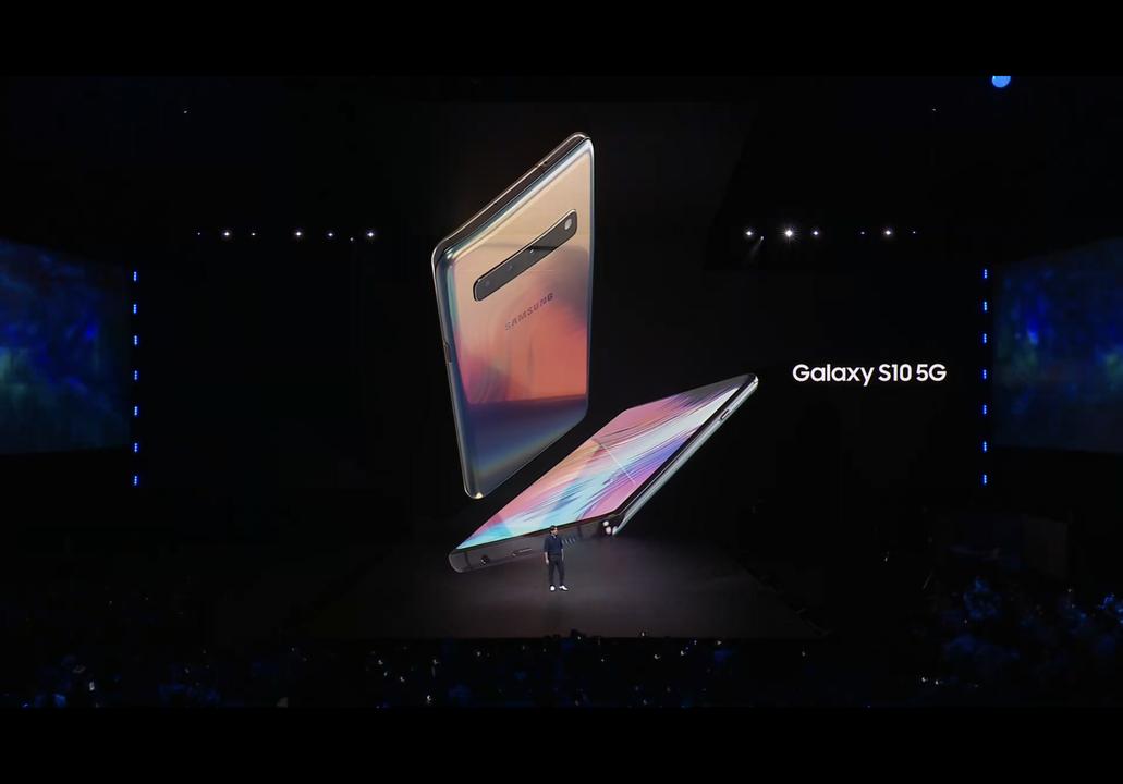 最強のGalaxy、「S10 5G」登場。6.7インチ大画面にカメラは計6つ!5G対応で通信速度も爆速 #SamsungEvent