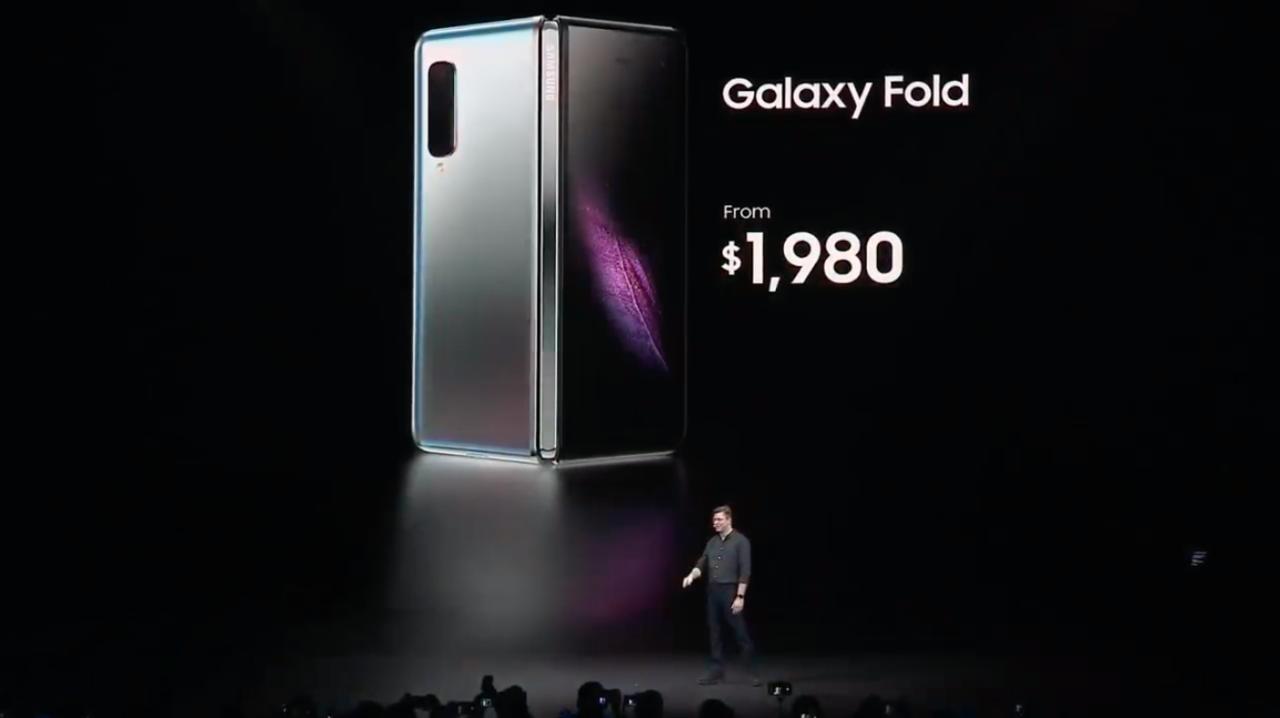 たたんで4.6インチ、開けば7.3インチ。Samsungの折りたたみスマホ「Galaxy Fold」発表 #SamsungEvent