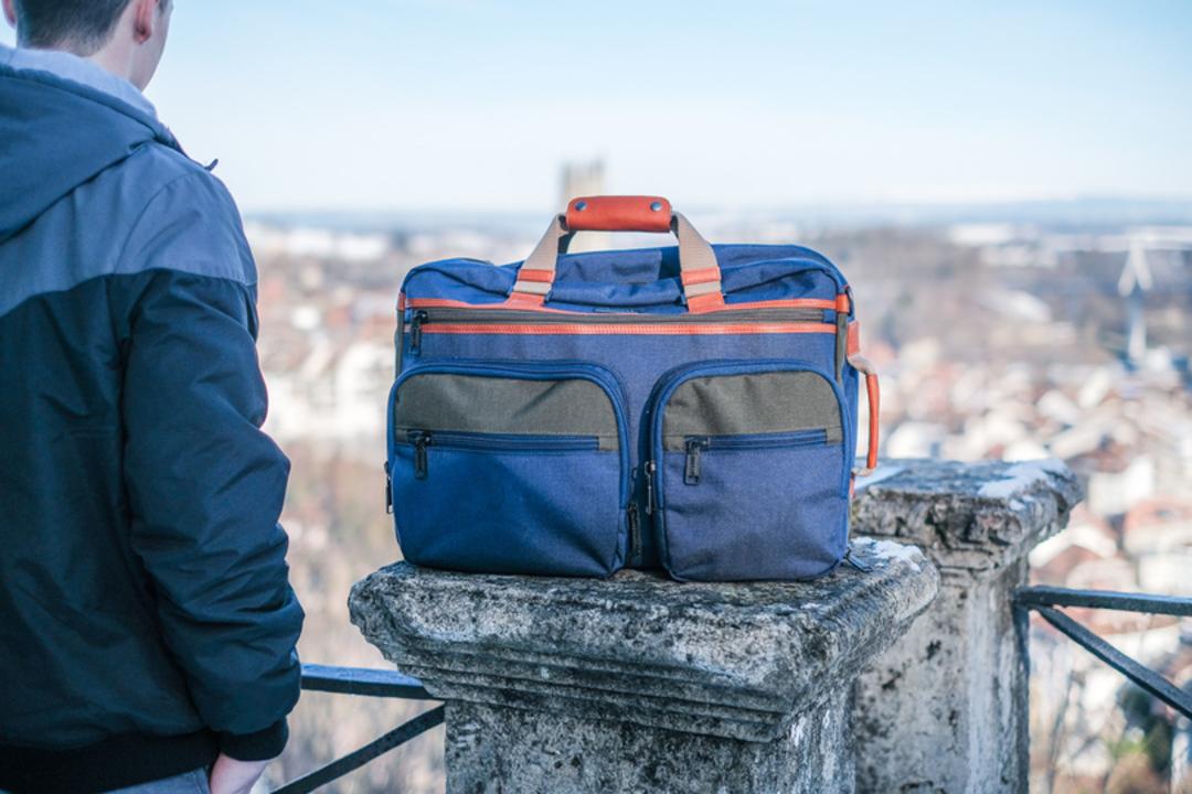 シーンに合わせて使い分けられる3in1トラベルバッグ「JW WEEKENDER」を海外で使ってみた