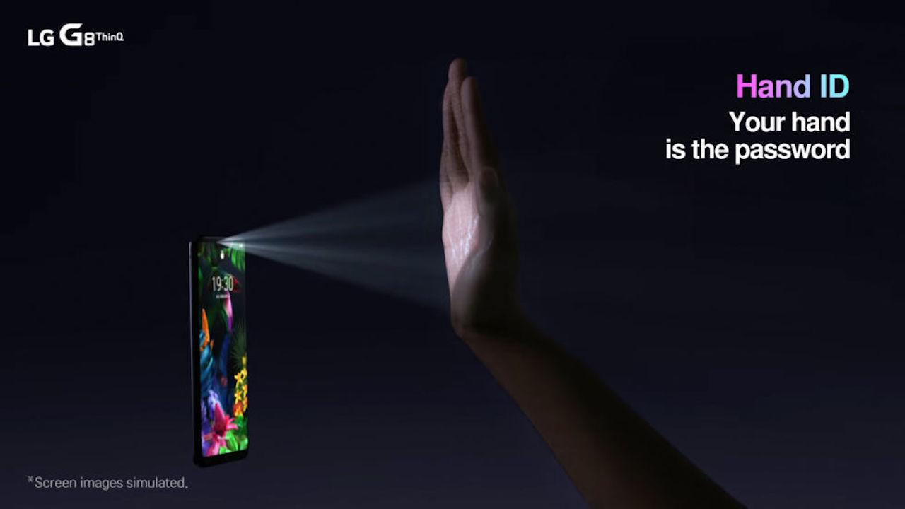 LG G8 ThinQが実はスゴイ。手のひら静脈認証ができますよ