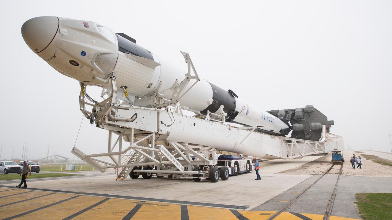 SpaceXの「Crew Dragon」カプセル、自律航行でISSとのドッキングに成功