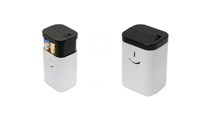 安心感。乾電池で充電できるモバイルバッテリー