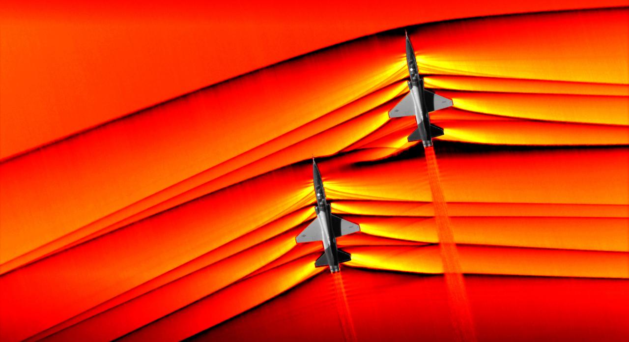 超美麗。NASAが史上初めて2機の超音速ジェット機が生む衝撃波を激写