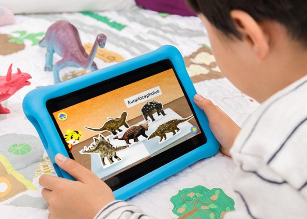 Amazonタブレットにキッズモデルが登場。子供向けサブスクが1年無料だよ