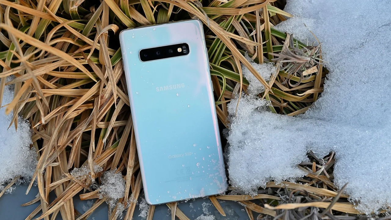 Samsung Galaxy S10レビュー 今1番ワクワクするandroid端末