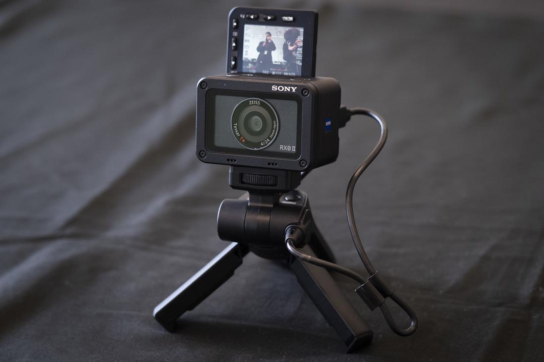 """""""無駄に欲しくなるカメラ""""に新型登場。ソニー「RX0II」はYouTuberへの最短距離"""