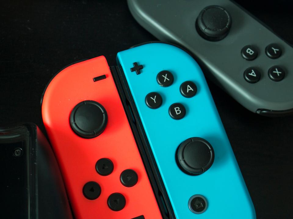 Nintendo Switchに新モデルが2タイプやってくるかも