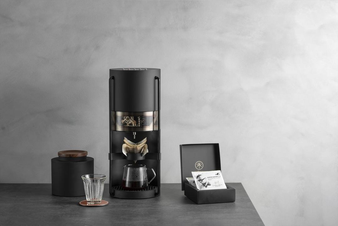 一流のコーヒーを家で楽しむ。有名バリスタのテクを受け継いだIoT&AIコーヒーメーカー「iDrip」