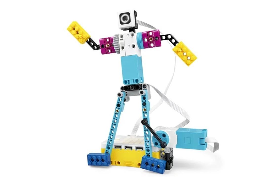 組み立てロボがブレイク・ダンスする。LEGOからプログラミング学習用キットが登場