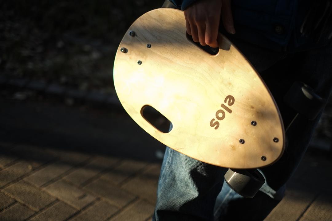 新型スケートボード「elos」が世界中のスケボ初心者に受け入れられている理由