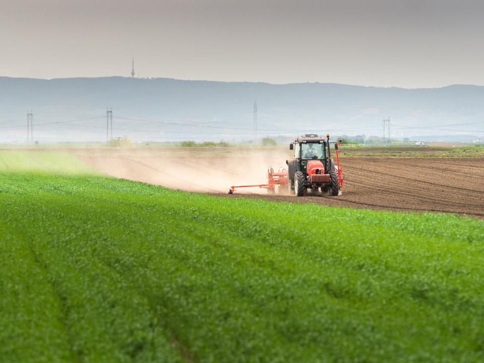 アメリカのトウモロコシ栽培による大気汚染で毎年数千人の死者が出ているとの報告