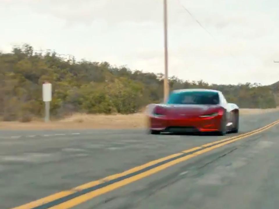 Tesla次世代「Roadster」は超爆速。時速96.5km/hまで1.9秒で加速する