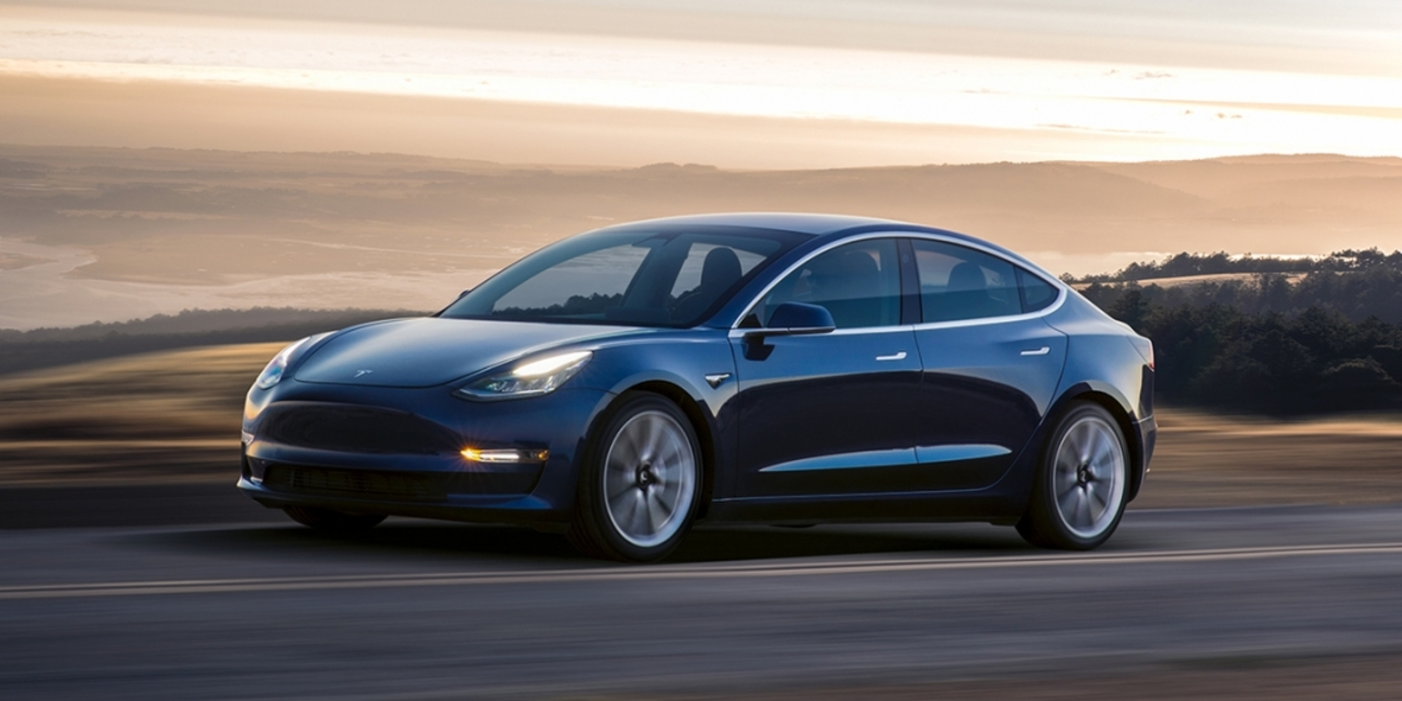 ついに! Tesla「Model 3」が! 日本で買えるぞ!