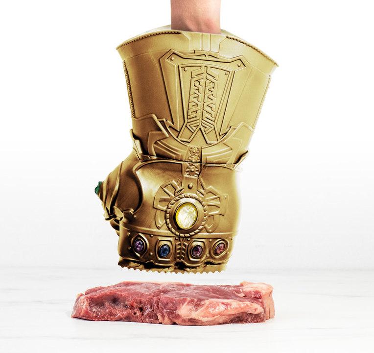 こちらのインフィニティ・ガントレットは、お肉をいい具合に柔らかくしてくれます