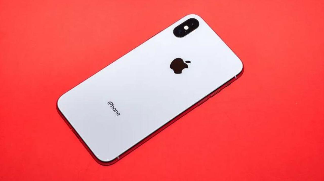 iPhoneやiPadでアプリをApp Store経由でしか入手できないのは独占禁止法違反…?