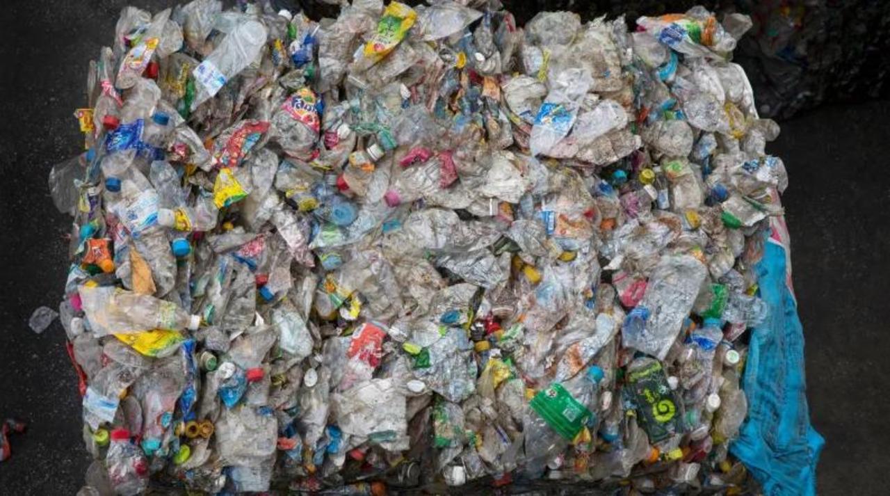 環境問題の救世主となるか。完全にリサイクル可能な新プラスチックが誕生