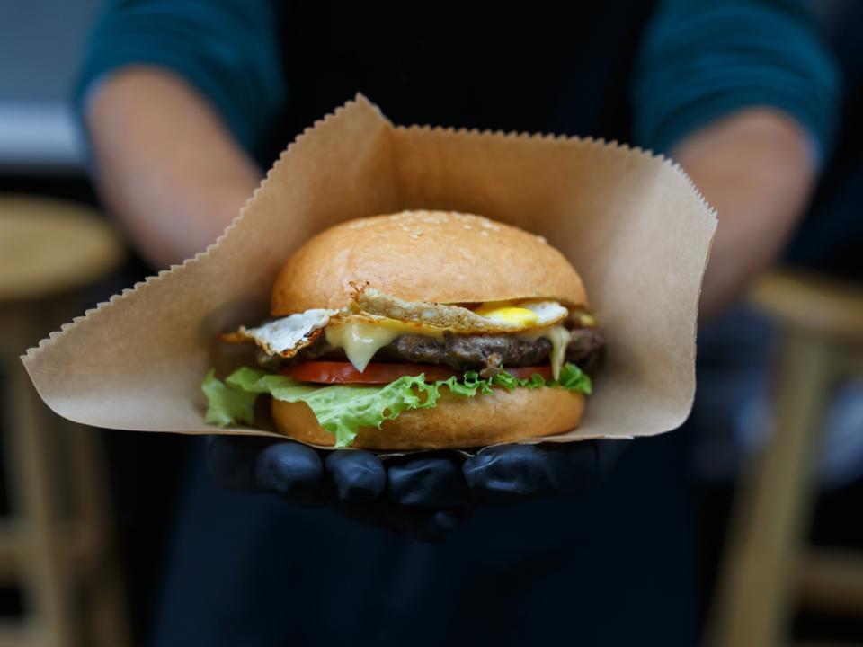 やっぱり超加工食品は確実に太る。アメリカ初の人体実験で明らかに