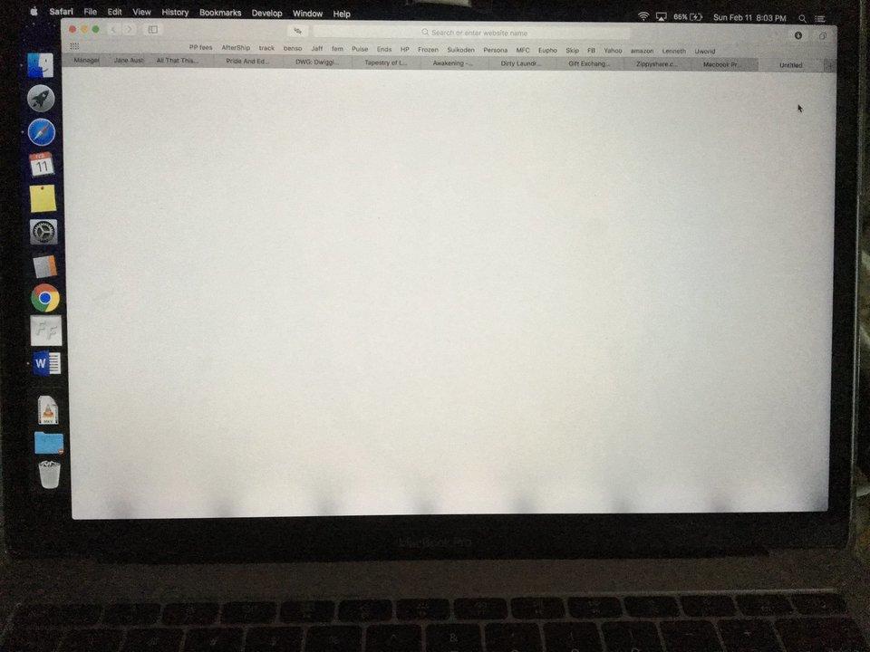 13インチMacBook Proの画面バックライト修理プログラムがスタート