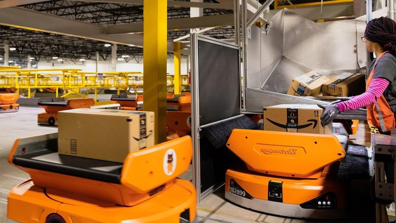 ロボット化が進むAmazon、倉庫で活躍する神話ロボ「Xanthus」と「Pegasus」を発表