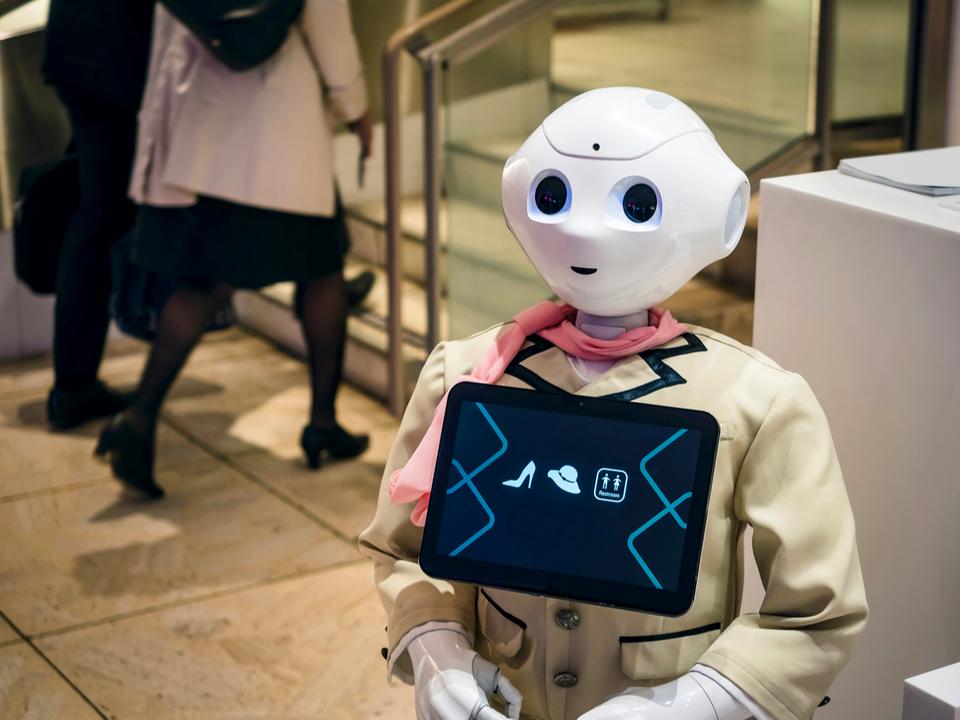 自動化機器の販売会社が作った「AIに置き換えられる仕事」のGIF