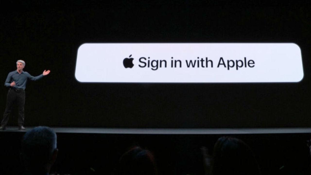 Appleの新サインイン機能「Sign in with Apple」は、「Googleでログイン」とどうちがうの?