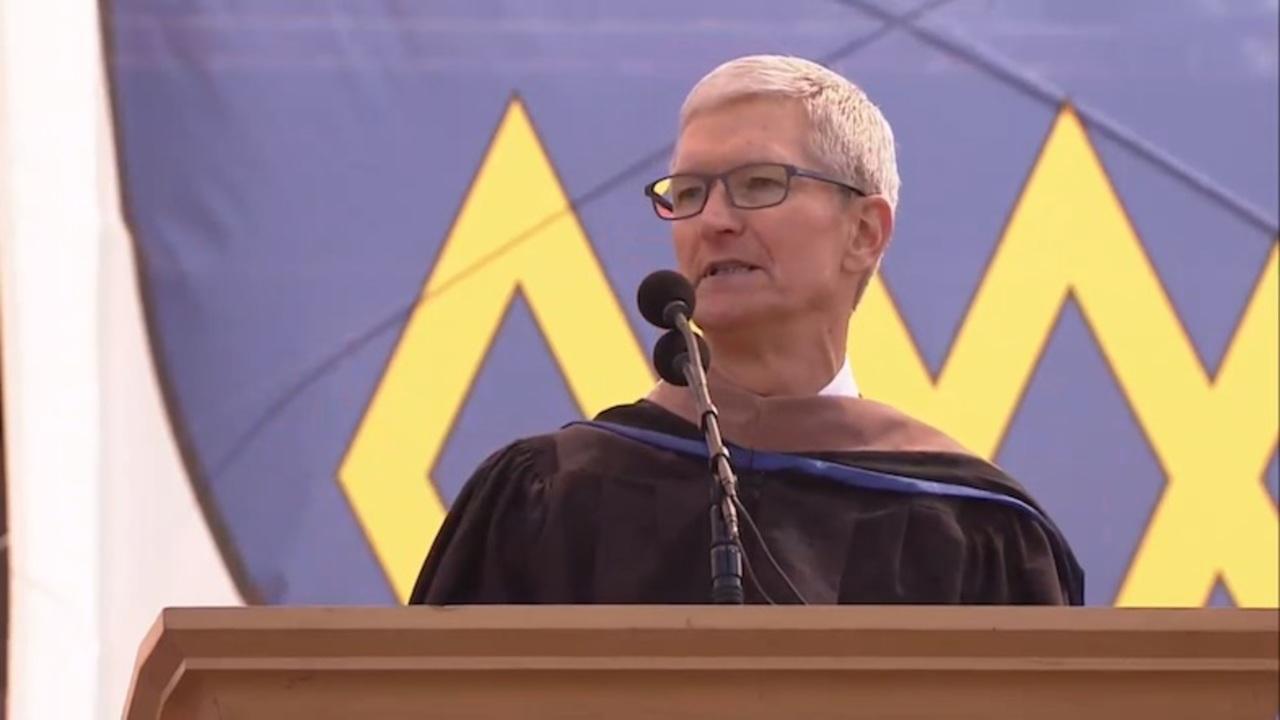 ティム・クック、スタンフォード大学卒業式でスピーチ「責任なき主張はない」