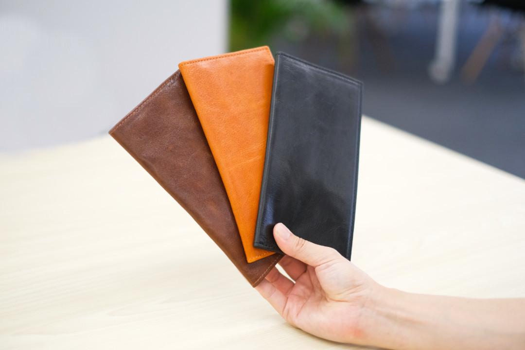 セカンド財布に最適かも? 大人スマートな本革ミニマルな「銀座逸革工藝の長財布」を使ってみた