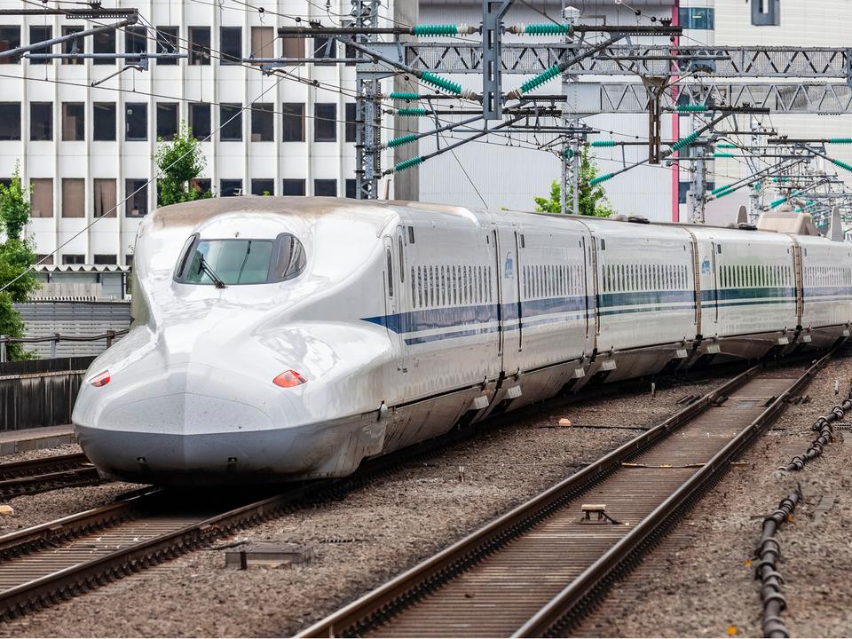 ナメクジがJR九州で停電を起こし、列車が運休してた