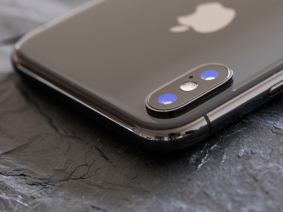 次期iPhoneシリーズのCAD画像? レンズの出っ張りは正方形になるみたい