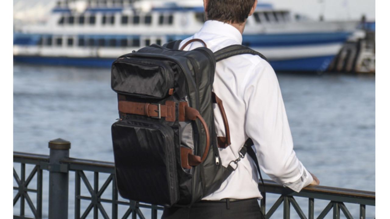 【読者限定で10%オフに】まるでコンパクトなスーツケース。出張や旅行にも使える多機能トラベルビジネスバッグ「BRIXTYLE」