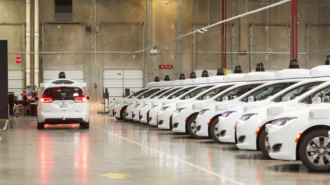 Waymoの大きな一歩。カリフォルニアで自動運転タクシーのテスト・プログラム参加資格を取得