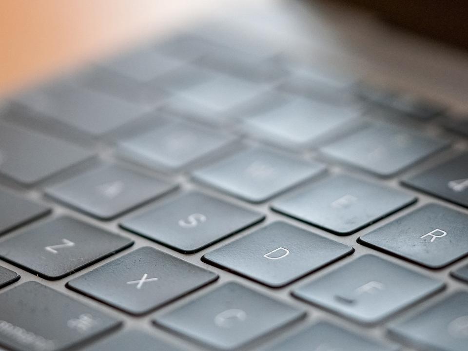 MacBook Air(2019)でバタフライキーボードとさよならできる?著名アナリストが予測