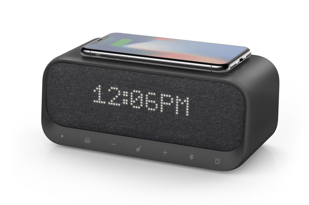 ベッドサイド最高の相棒。スピーカー+目覚まし+充電器が詰まった「Soundcore Wakey」が20%OFFで登場