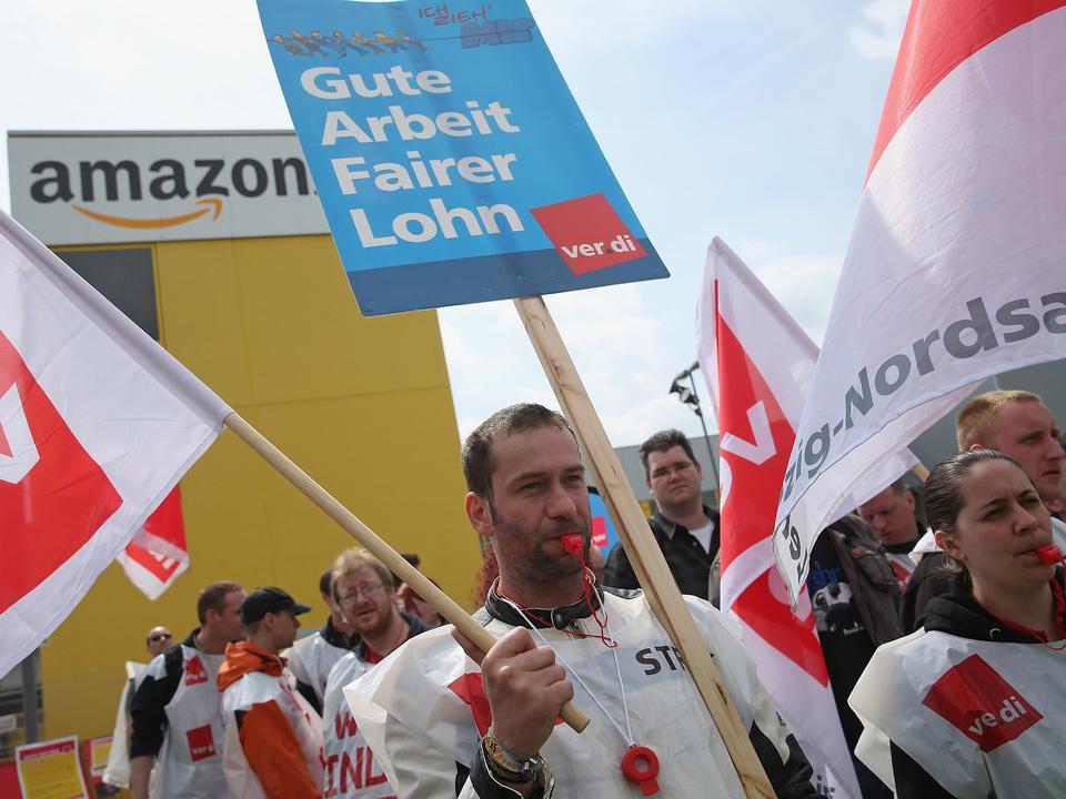 米Amazonの倉庫従業員がプライムデーにストを計画中。1番効果的な日を狙って、ね