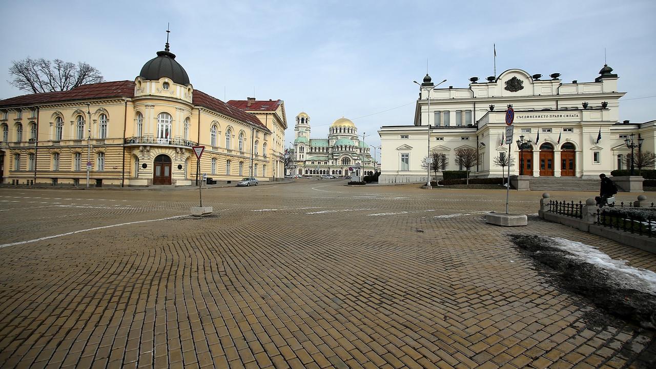 ブルガリア納税者全員のデータ、ハッキングで流出する
