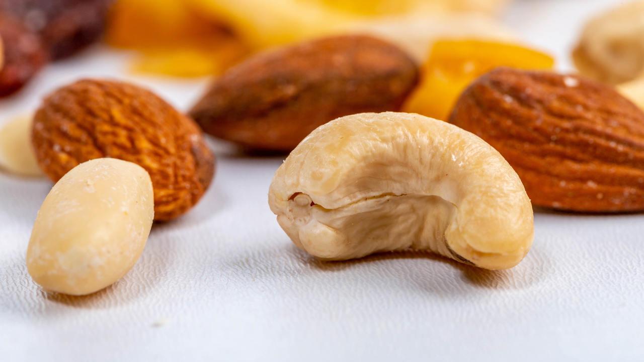 マジで? 男性はナッツを食べると性生活が捗るという研究結果。地中海グルメがオススメらしい