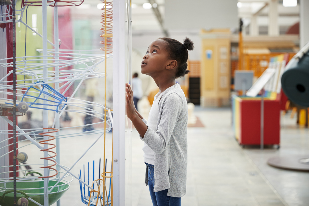 STEM教育に性別なし。アメリカで始まった女子学生とSTEMをつなぐ取り組みとは?