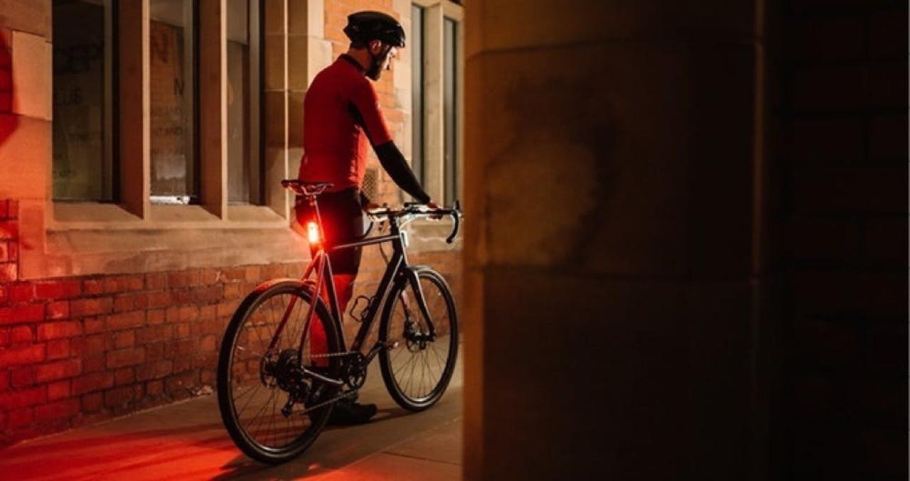 Kickstarterで最も売れた自転車用ライト「BEAM」&「ICON2」とは