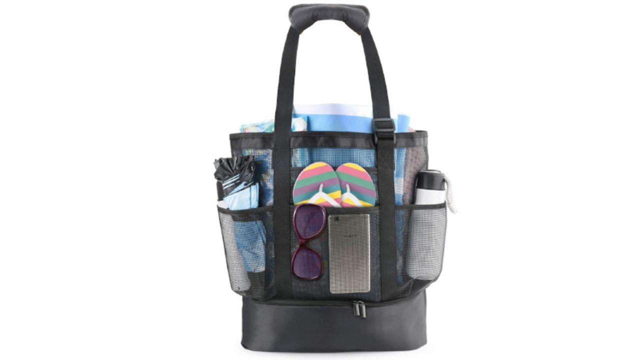 夏のアウトドアに! 身軽に持ち歩けて、保冷もできるメッシュバッグが最強だなぁ