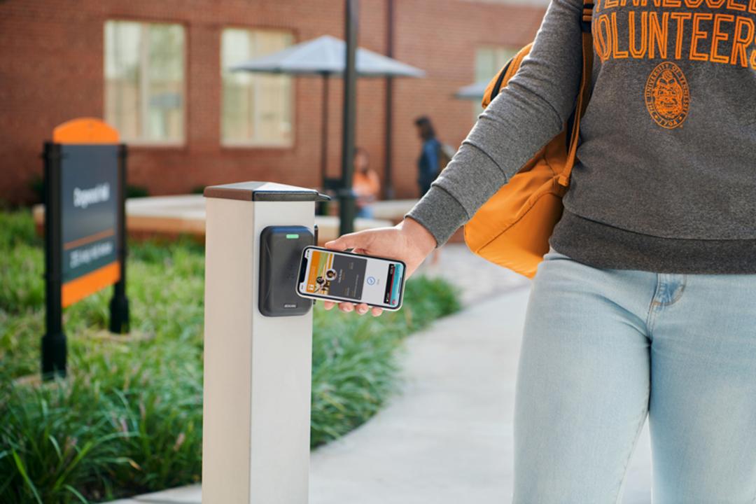 いいな、アメリカの大学っていいな! iPhoneやApple Watchが電子学生証になるっていいな!