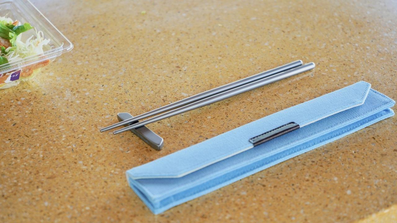 1本たったの7g!人生で初めてチタンの箸を使ってみた