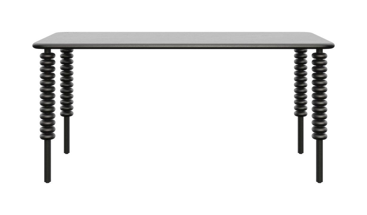 Macユーザー狙い撃ちデスク、その名も「Norm」