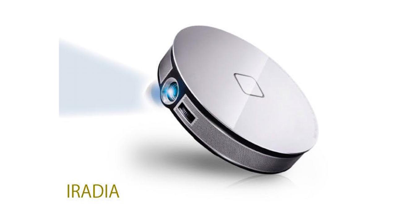 Androidアプリも搭載! 映画やゲームが高画質大画面で楽しめるスマートプロジェクター「IRADIA」があと5日!