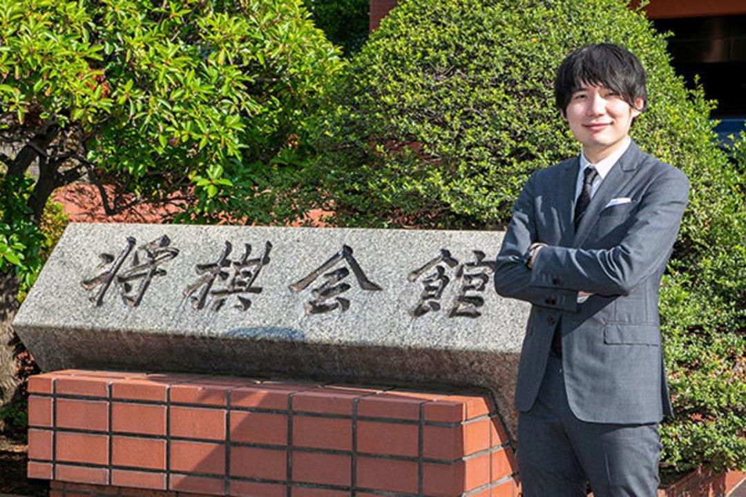 コンピューターに「完敗」した佐藤天彦九段。「あの日」と将棋の未来を語る