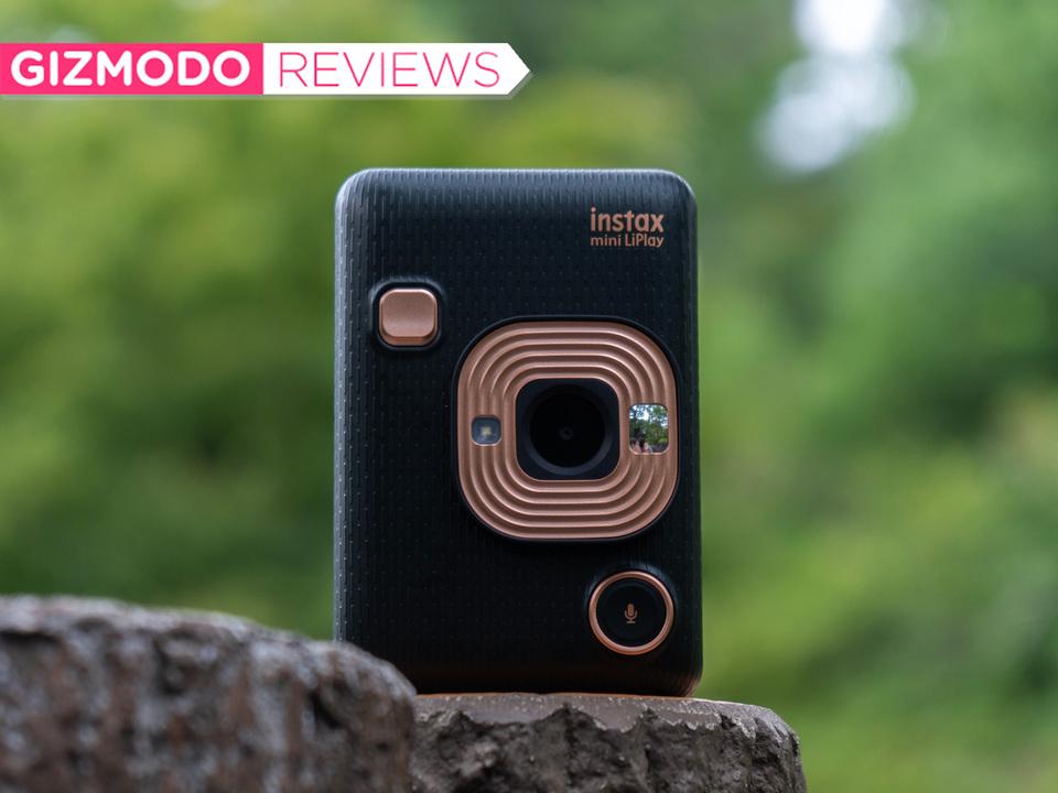 インスタントカメラ「Instax mini LiPlay」レビュー:すべてがF(ujiの色)になる