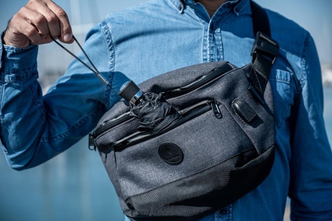 11インチのiPad Proが収納可能!超軽量な高機能スリングバッグ「Bravo Sling」