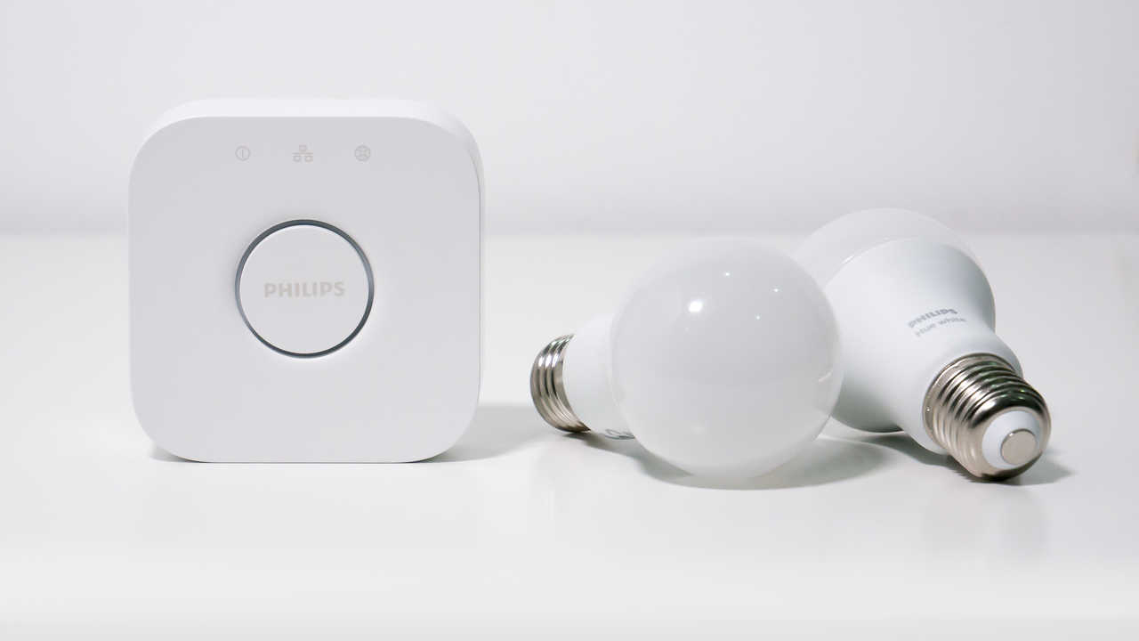 Philipsのスマート電球を返品した男性、次の所有者の個人情報が見えてしまう