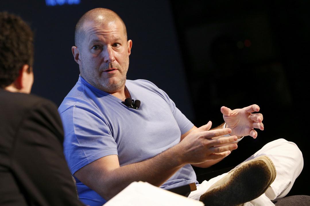 ビデオにもナレーションにも、ジョニー・アイブ出てこなかったね #AppleEvent